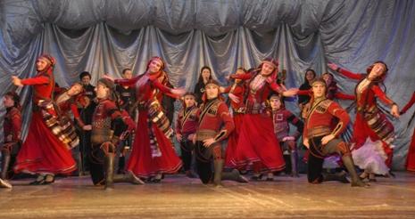 Batum'da 2. Kardeş Şehirler Gençlik Haftası coşkusu