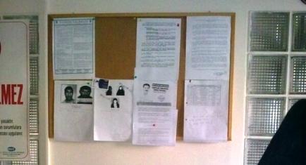 Polis, CHP'li vekili aranan teröristler panosuna koydu
