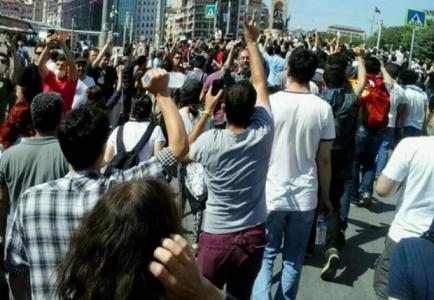 """Halkın zaferi… """"Türk Baharı"""" diktayı dize getirdi"""